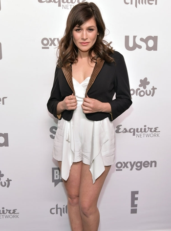 Yael Stone Height Weight Body Figure Shape