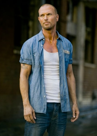 Luke Goss Body Measurements Height Weight