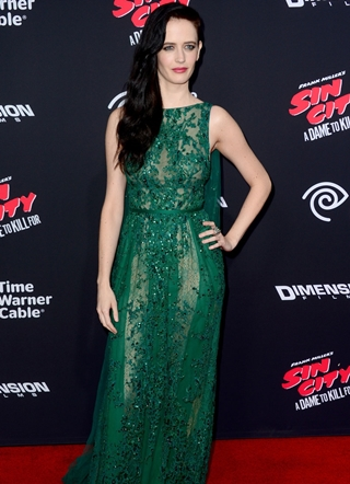 Eva Green Height Weight Body Figure Shape