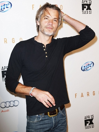 Timothy Olyphant Height Weight Body Shape