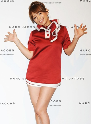 Ayumi Hamasaki Height Weight Body Figure Shape