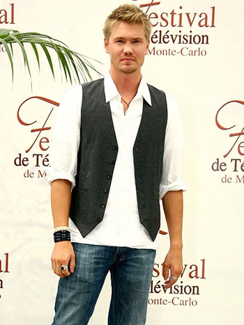 Chad Michael Murray Body Measurements Height Weight