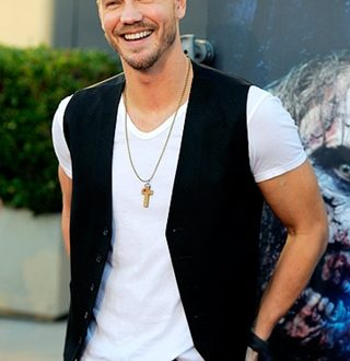 Chad Michael Murray Height Weight Body Shape