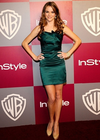 Danielle Panabaker Height Weight Body Figure Shape