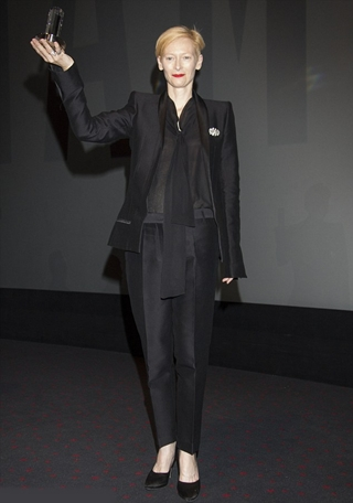 Tilda Swinton Height Weight Body Figure Shape