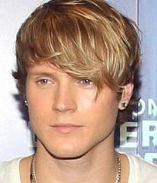 Dougie Poynter Height Weight Body Measurements Shoe Size Vital Stats