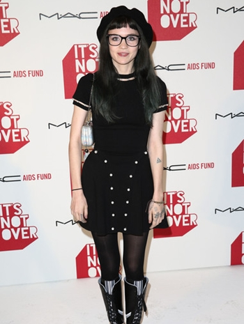 Grimes Height Weight Body Shape