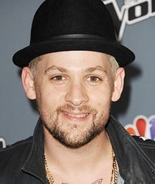 Joel Madden Height Weight Body Measurements Shoe Size Stats Facts
