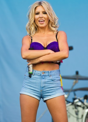 Mollie King Height Weight Body Shape