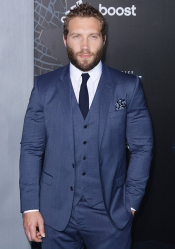 Jai Courtney Body Measurements Shoe Size