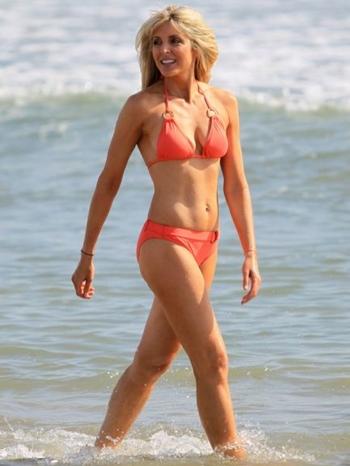 Marla Maples Body Measurements Bra Size