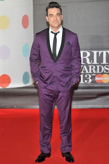 Robbie Williams Body Measurements Shoe Size