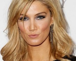 Delta Goodrem Height Weight Bra Size Body Measurements Age Vital Stats