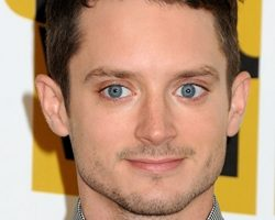 Elijah Wood Height Weight Body Measurements Shoe Size Age Ethnicity