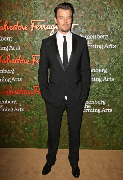 Josh Duhamel Body Measurements Shoe Size