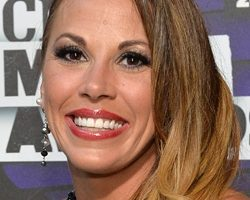 Mickie James Height Weight Body Measurements Bra Size Shoe Age Ethnicity