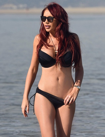 Amy Childs Body Measurements Breasts Size