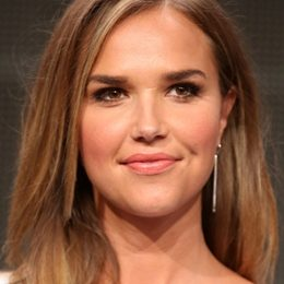Arielle Kebbel Height Weight Body Measurements Bra Shoe Size Age Facts