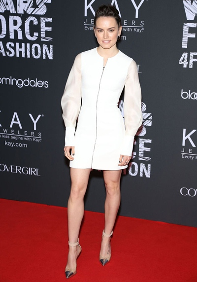 Daisy Ridley Height Weight Body Shape Age