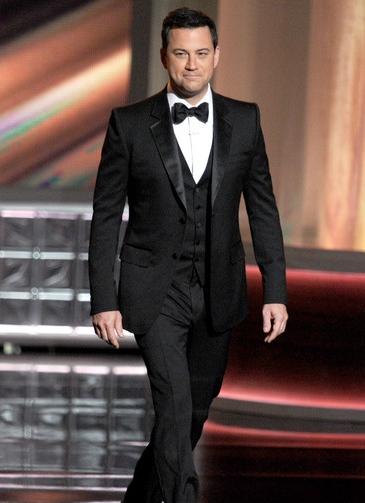 Jimmy Kimmel Height Weight Body Shape