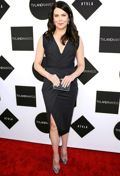 Lauren Graham Height Weight Body Shape