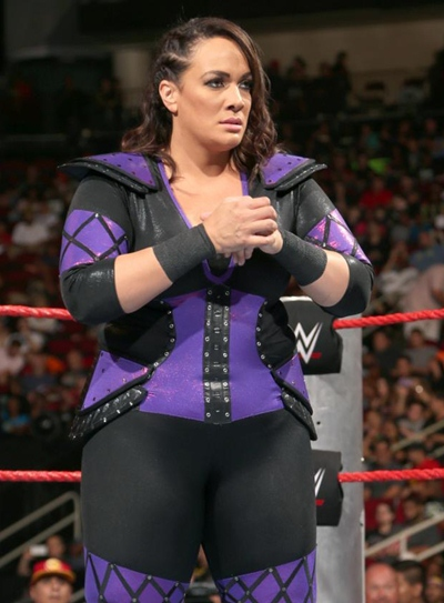 Nia Jax Height Weight Body Shape Outfit