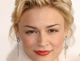 Samaire Armstrong Height Weight Body Measurements Bra Size Age Facts
