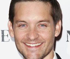 Tobey Maguire Height Weight Body Measurements Shoe Size Age Facts Ethnicity