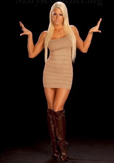 WWE Maryse Ouellet Body Measurements Bra Size