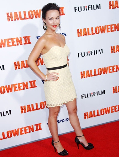 Danielle Harris Height Weight Body Shape