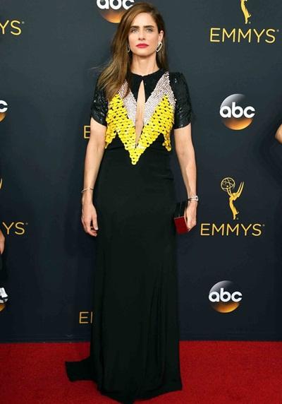 Amanda Peet Height Weight Body Shape