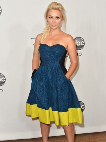 Clare Bowen Measurements Shoe Size