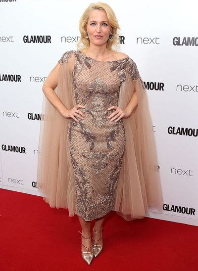 Gillian Anderson Height Weight Body Shape