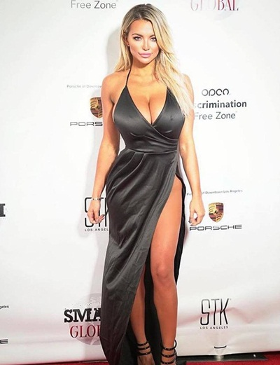 Lindsey Pelas Body Measurements Figure Shape