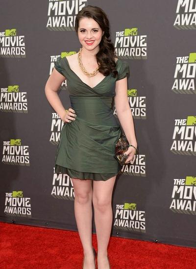 Vanessa Marano Height Weight Bra Size