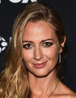 Amy Acker Body Measurements Height Weight Bra Size Age Family Facts