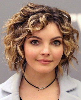 Camren Bicondova Height Weight Body Measurements Age Bra Size Facts