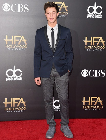 Cameron Dallas Height Weight Shoe Size
