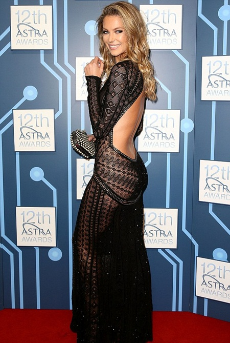 Jennifer Hawkins Height Weight Facts