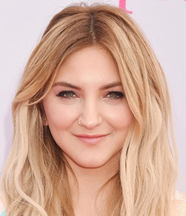 Julia Michaels Height Weight Body Measurements Vital Stats Facts