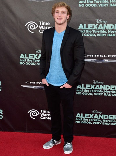 Logan Paul Height Weight Body Measurements Shoe Size Age ...