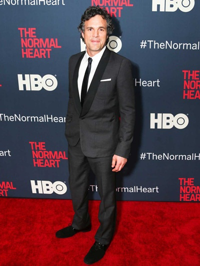 Mark Ruffalo Height Weight Shoe Size