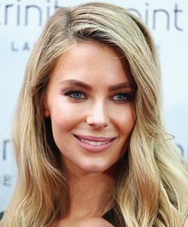 Model Jennifer Hawkins