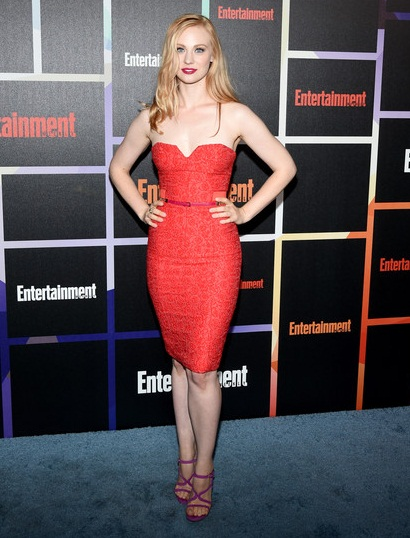 Deborah Ann Woll Height Weight Body Shape