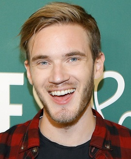 PewDiePie Height Weight Body Measurements Shoe Size Fact Family Bio