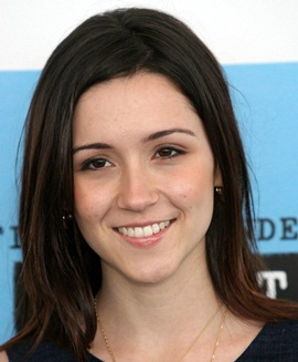 Actresss Shannon Woodward