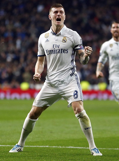 Toni Kroos Height Weight Shoe Size