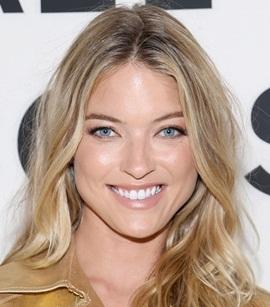 Model Martha Hunt