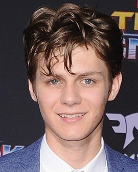 Ty Simpkins Body Measurements Height Weight Shoe Size Age Stats Facts Bio