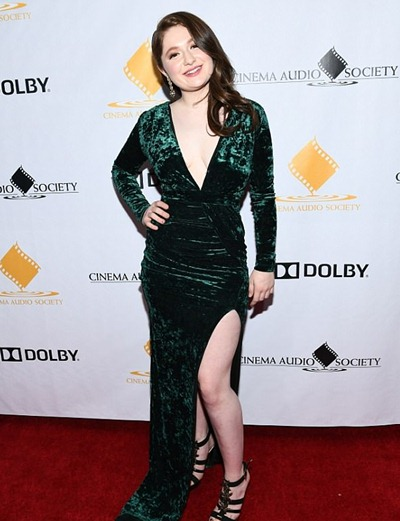 Emma Kenney Height Weight Shoe Size